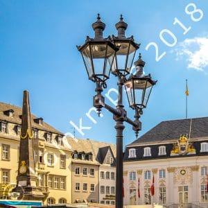 Marktplatz mit altem Rathaus Bonn